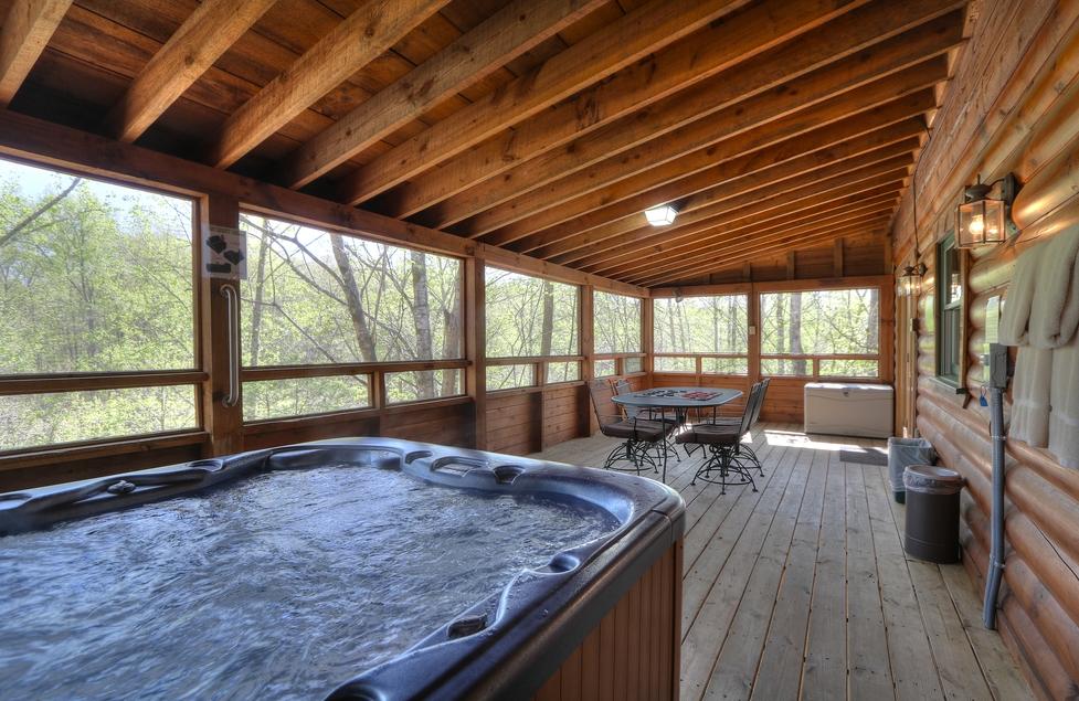 Cabin 2 2 Bedrooms Smoky Mountains Tn Oak Haven Resort Spa