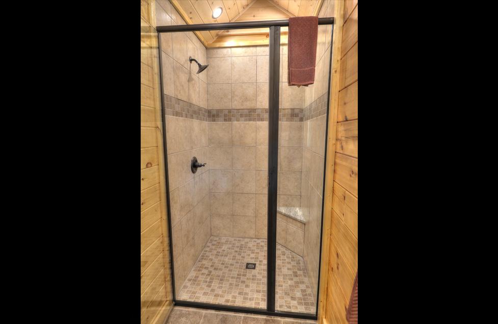 Cabin 91 – Oak Haven Resort & Spa