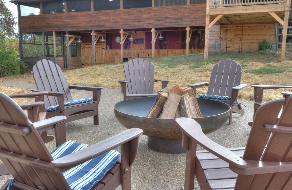 Oak Haven Resort Spa, Cabin Outdoor Furniture